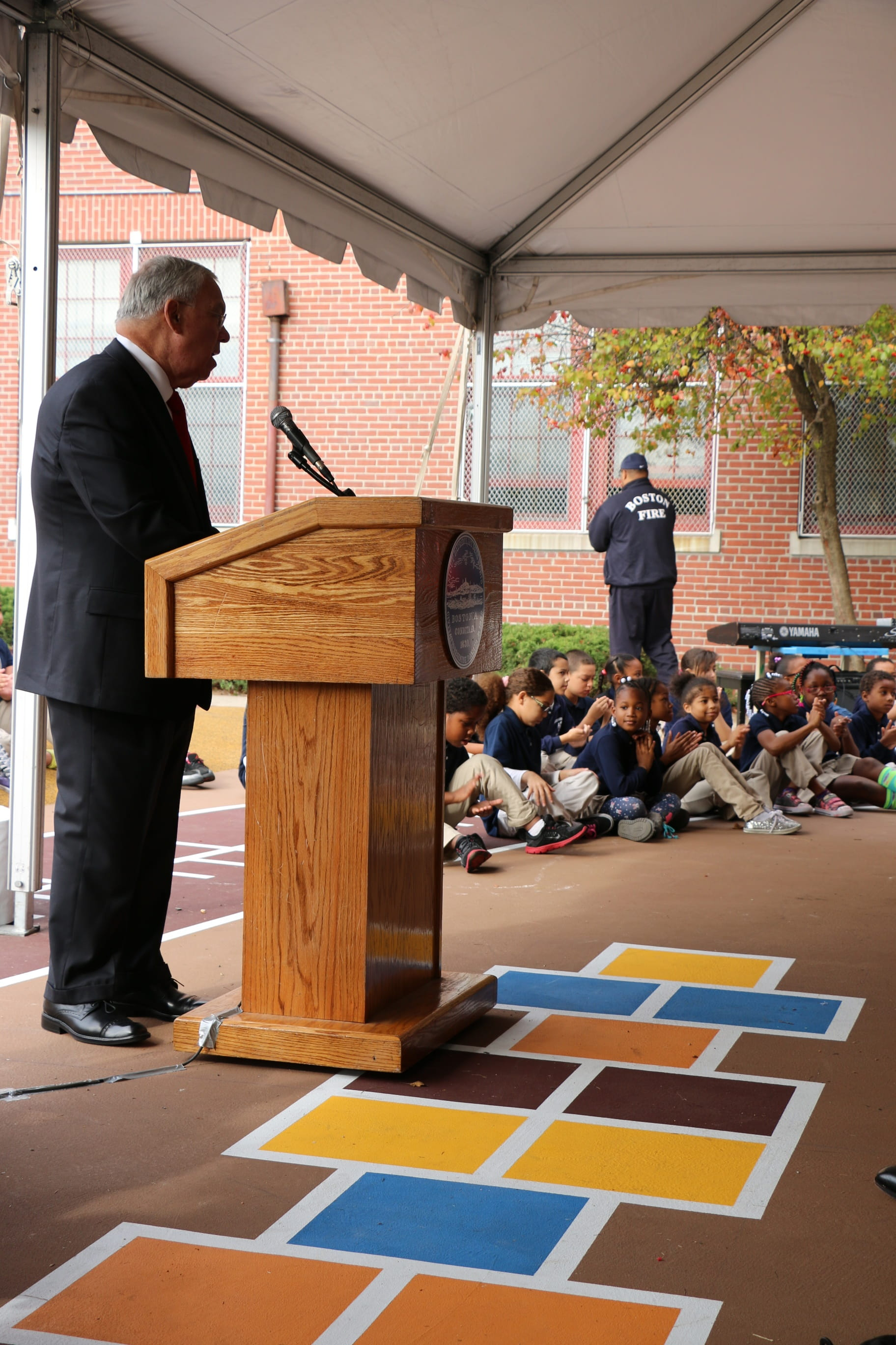 Menino at ribbon cutting